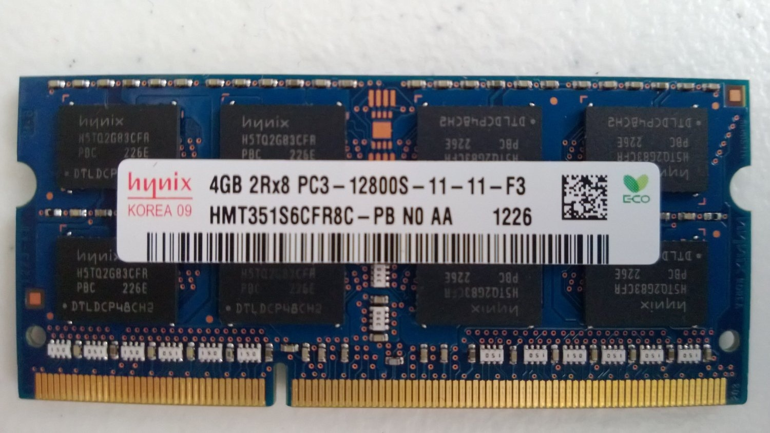 HMT351S6CFR8C-PB Hynix 4GB PC3-12800 DDR3 1600MHz non-ECC Unbuffered