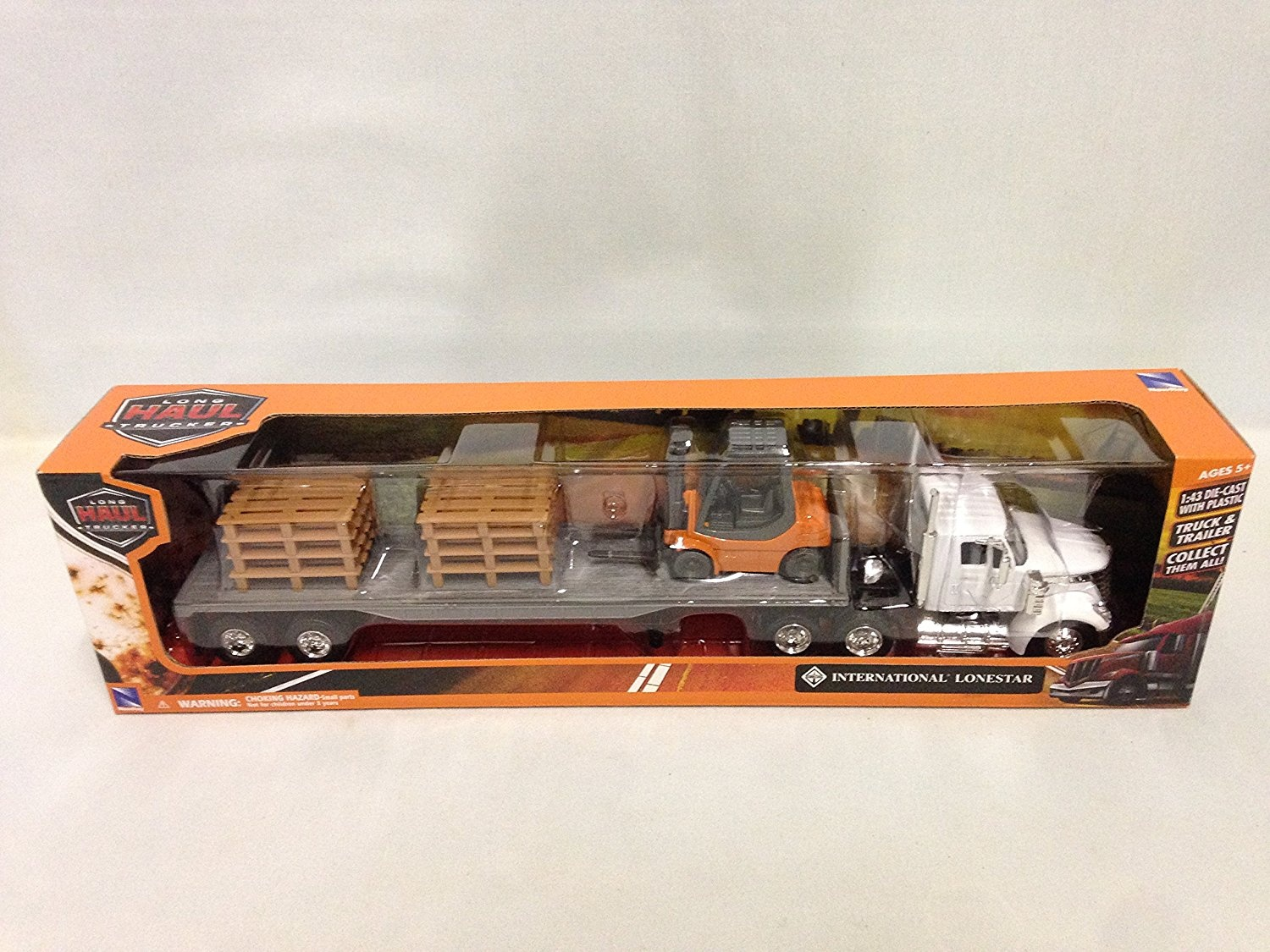 New Ray New 1:43 NEWRAY Truck /& Trailer Collection White Long HAUL Trucker International Lonestar Flatbed with Forklift and PALLETS Diecast Model Toys