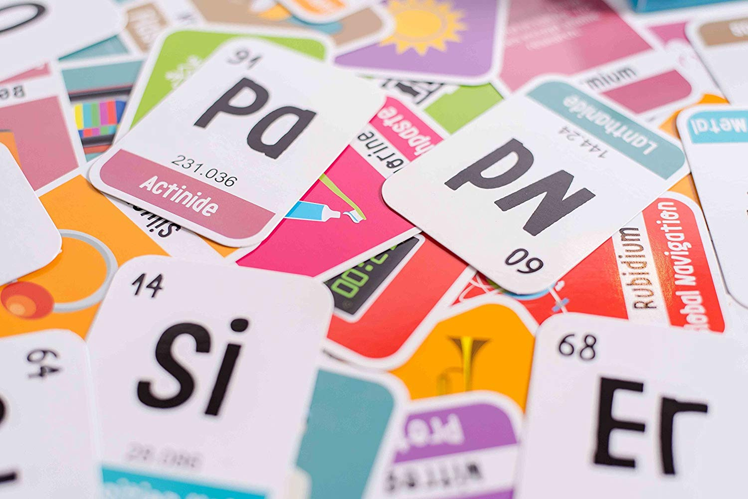 merka 118 Kids Periodic Table of Elements Flash Cards with beautiful images each